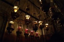 à l'intérieur du tombeau